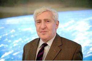 Le CNES rend hommage au professeur Jacques-Emile Blamont, père du programme spatial français