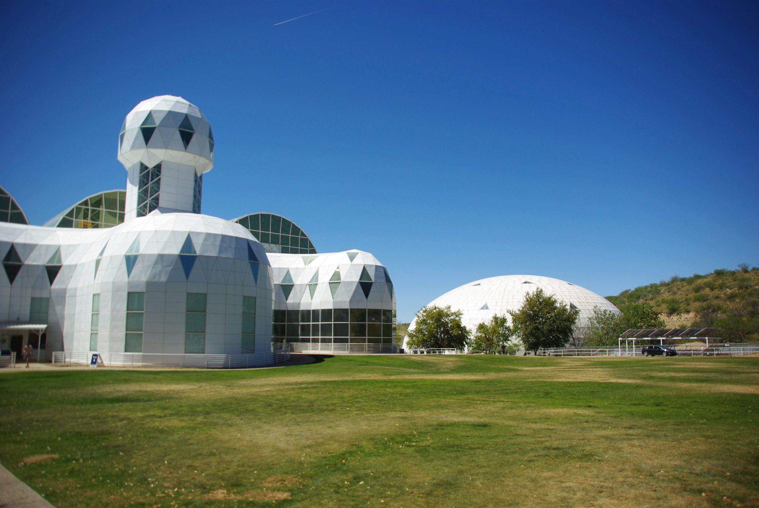 Le laboratoire Biosphère 2 à l'Université d'Arizona étudie l'impact du changement climatique sur les forêts tropicales