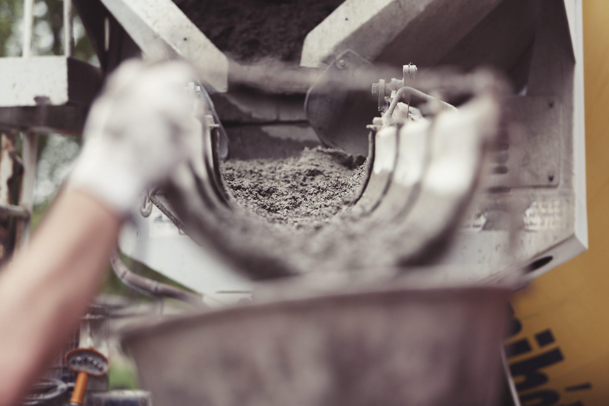 Northwestern University : 30 actions pour atteindre la neutralité carbone dans l'industrie du ciment et du béton d'ici 2060